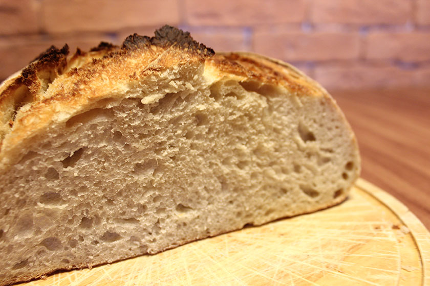 Pão branco com fermentação natural