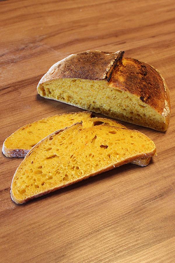 Receita de Pão de Abóbora Cabotiá com fermentação natural